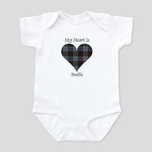Heart - Brodie hunting Infant Bodysuit