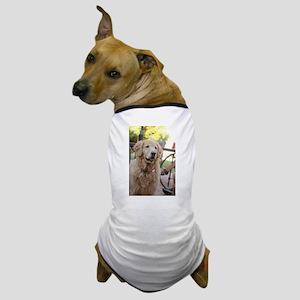 Nala the golden looking alert Dog T-Shirt