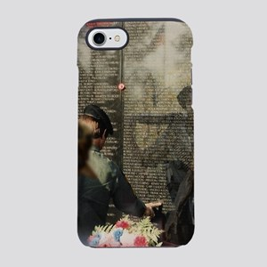 Vietnam Veterans Memorial iPhone 8/7 Tough Case