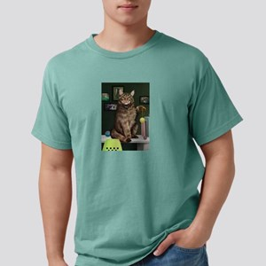 Maine Coon with Background T-Shirt