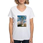 Umbrella /Fr Bulldog (f) Women's V-Neck T-Shirt