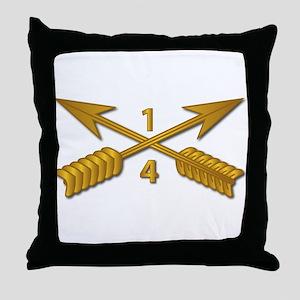 4th Bn 1st SFG Branch wo Txt Throw Pillow