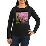 Bee on summer Milkweed Long Sleeve T-Shirt