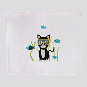Underwater diving cat with fish Throw Blanket