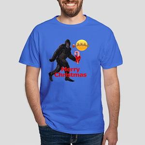 Bigfoot believes in Santa Claus Dark T-Shirt