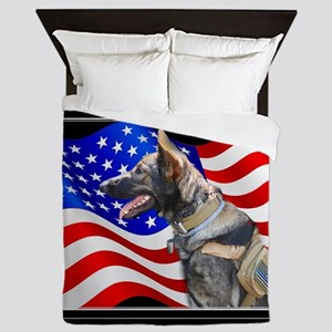 Veteran German Shepherd Dog Queen Duvet