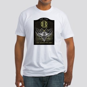 """""""Queen Bee Pub"""" Fitted T-Shirt"""