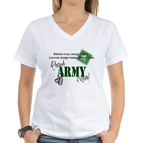 Proud Army Mom Women's V-Neck T-Shirt