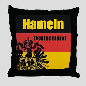 Hameln Deutschland Throw Pillow