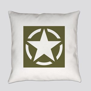 WW2 American star Everyday Pillow