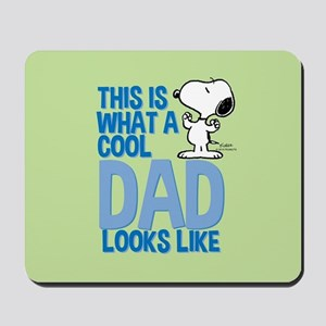 Snoopy - This Is What A Cool Dad Looks L Mousepad