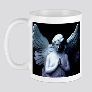 praying cemetery angel Mug
