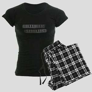 Dinna Fash Sassenach Women's Dark Pajamas