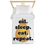 oil.sleep.eat.repeat Twin Duvet