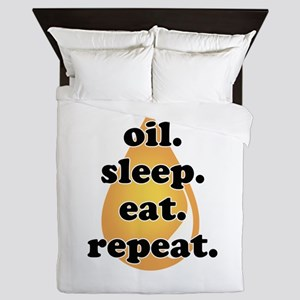 oil.sleep.eat.repeat Queen Duvet