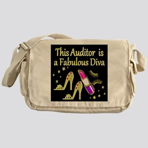 AUDITOR DIVA Messenger Bag