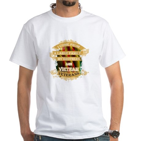 Veterani T-shirt - Vengo Da Una Grande Fam T-shirt iIoueAdzM