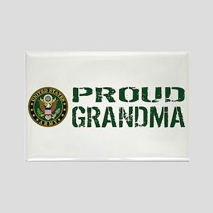 U.S. Army: Proud Grandma (Green & Rectangle Magnet
