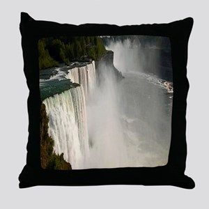 Niagara falls Throw Pillow