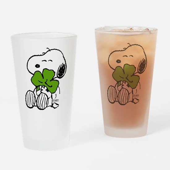Snoopy Hugging Clover Drinking Glass