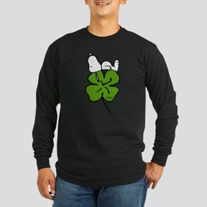 Snoopy Hugging Clover Long Sleeve Dark T-Shirt