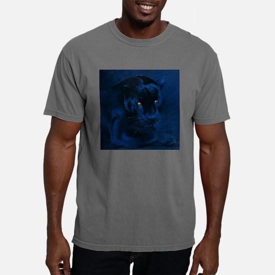 yellow eyes T-Shirt