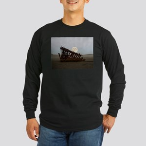 Full Moon Over Peter Iredale Long Sleeve T-Shirt