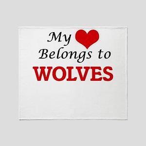My heart belongs to Wolves Throw Blanket
