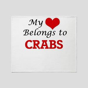 My heart belongs to Crabs Throw Blanket