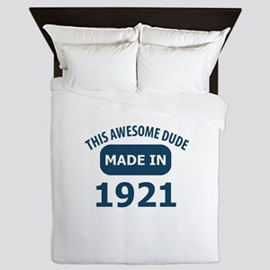 This Awesome Dude Made In 1921 Queen Duvet