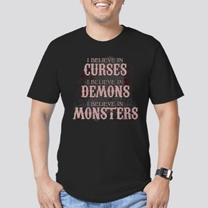 I Believe in Curses Men's Fitted T-Shirt (dark)