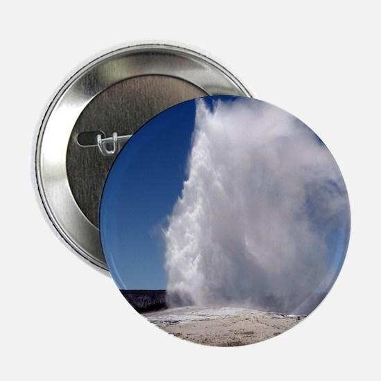 """Yellowstone Natl Park - Old Faithful 2.25"""" Button"""