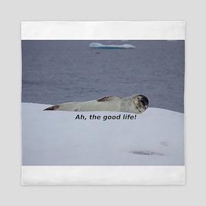 "Lazy Beach Bum Seal: ""Ah, the good lif Queen Duvet"