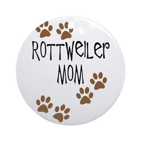 Rottweiler Mom Round Ornament