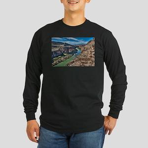 Cliff View of Big Bend Texas N Long Sleeve T-Shirt