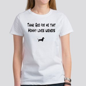 TG Mommy Loves Wieners Dachshund Women's T-Shirt