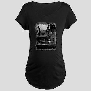 Old Haunted House Maternity Dark T-Shirt