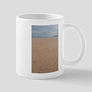 star on beach 2 Mugs