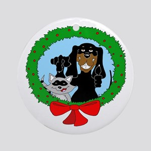 Black and Tan Coonhound Christmas Ornament (Round)