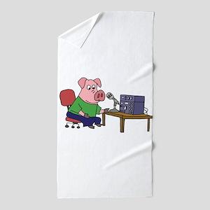 Pig using HAM radio Beach Towel