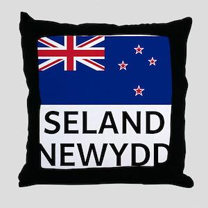 Seland Newydd Throw Pillow