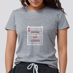 I Engage Minds Learn Everyday I Teach 1st T-Shirt