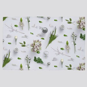 Scattered Flowers White 4' x 6' Rug