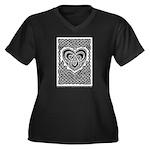 Celtic Knotwork Heart Women's Plus Size V-Neck Dar