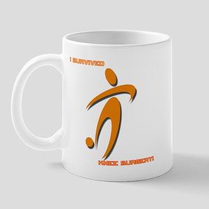 soccer knee tr Mugs