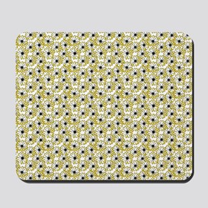Black and Yellow Daisy on White Mousepad