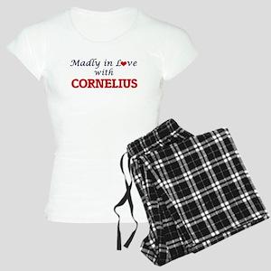 Madly in love with Corneliu Women's Light Pajamas