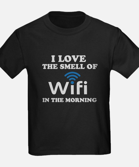I Love The Smell Of Wifi in T-Shirt