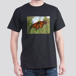 Monarch Butterfly on Cosmos T-Shirt