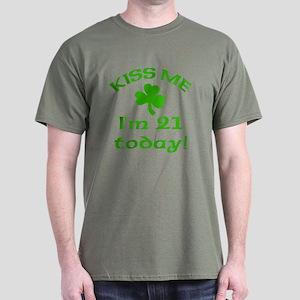 Kiss Me I'm 21 w/Shamrock Dark T-Shirt